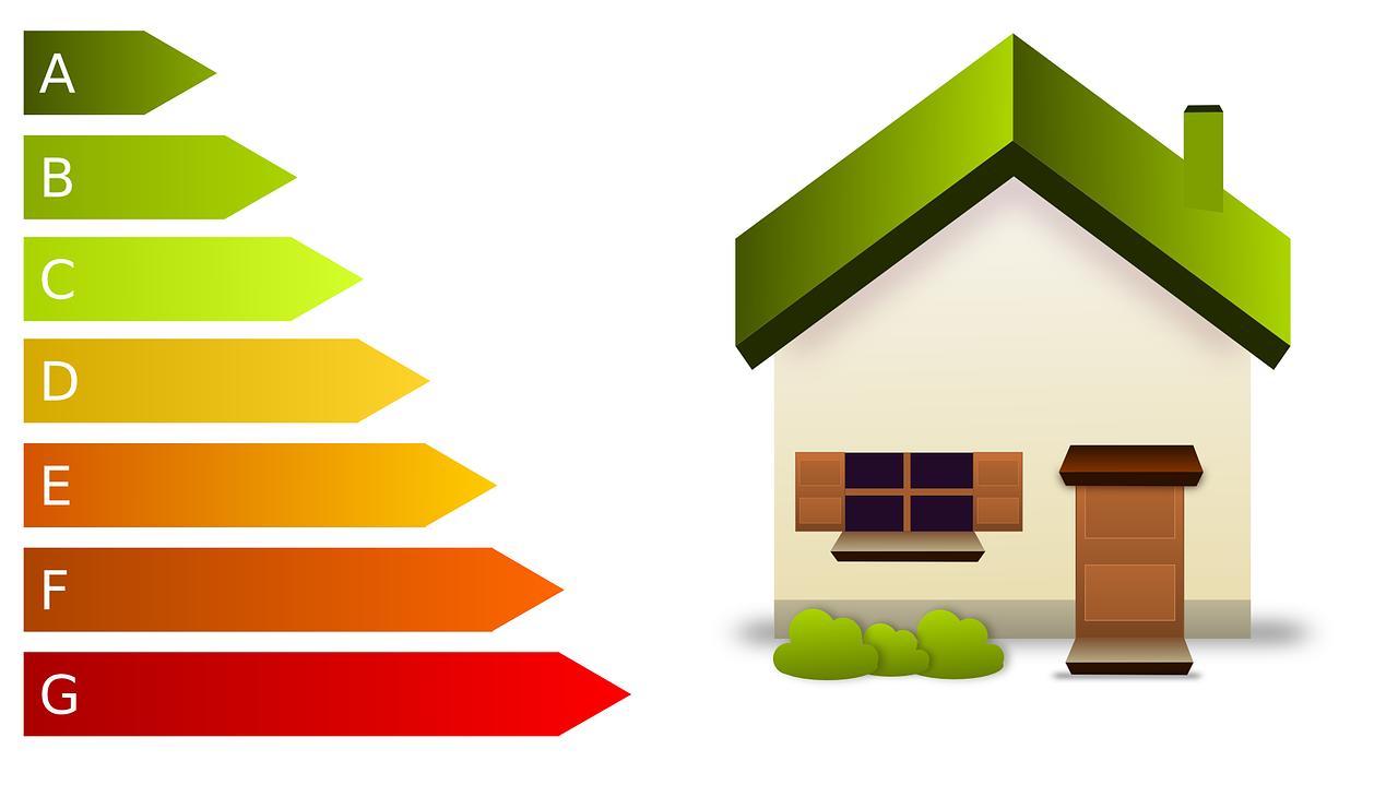 Cómo ahorrar y mejorar la eficiencia energética de un hogar en verano